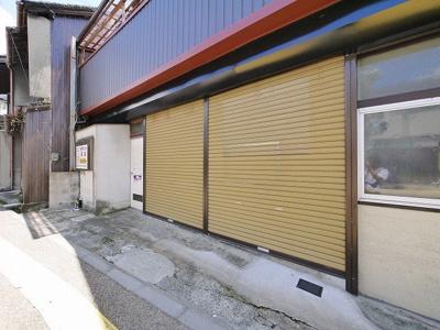 【玄関】百済店舗(紀寺町)