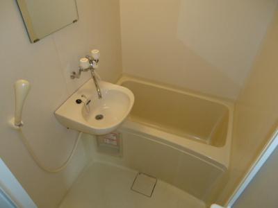 洗面台付き浴室