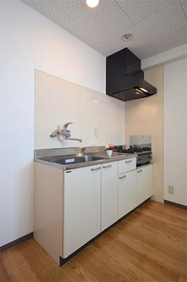タイム18 (調理スペース広いです)