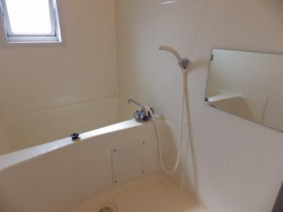 【浴室】ロジュマンユリB