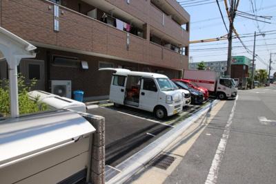 【駐車場】ロックフォルティ