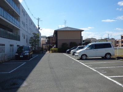 【駐車場】サンビレッジ新和B棟