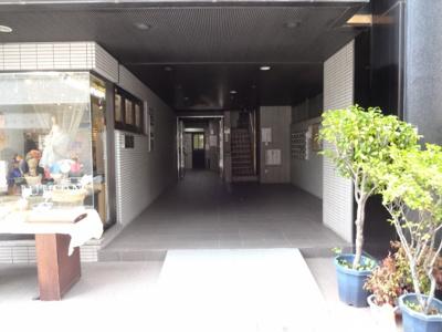 【エントランス】OAKビル