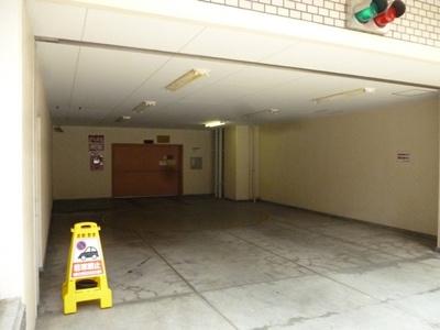 【駐車場】上野ロイヤルハイツ