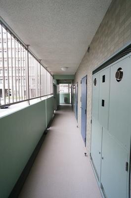 風通しのよい共用廊下です!