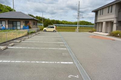 【駐車場】メゾンクール・タカモト