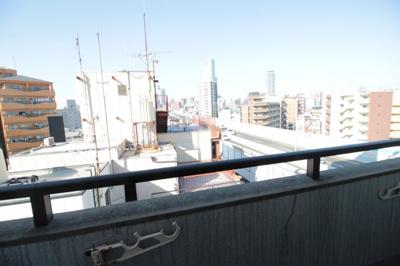 洋室6帖ベランダからの眺望です♪