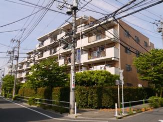 閑静な住宅街「ときわ台」駅より徒歩10分に建つ、リフォーム物件です。