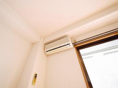 エアコンが付いているので、温度調節もバッチリです!