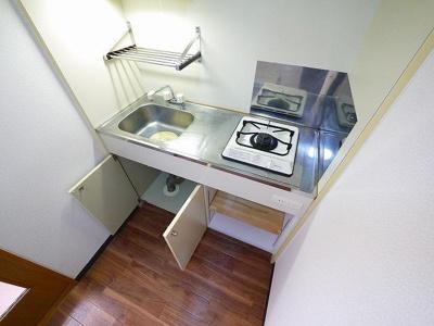 豊富な収納スペースがあり、使い勝手がいいキッチンです!