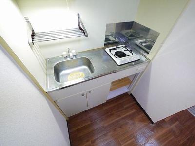 ガスキッチンで火力が強いので、料理も楽しくなりますね!