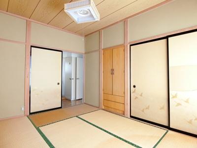2階和室東側6帖