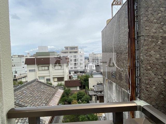 【玄関】ストゥーディオ春日丘