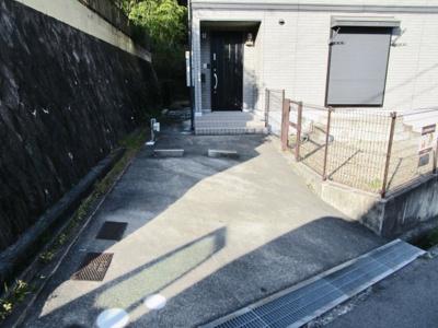 【駐車場】中務タウンハウス