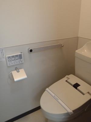 温水暖房洗浄便座