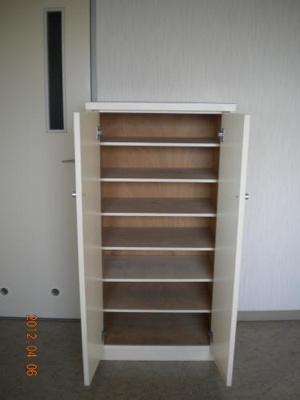 玄関靴箱収納