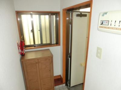 【玄関】コーポラス268