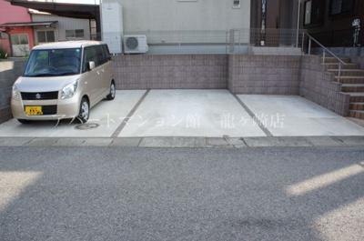 【駐車場】夏井邸