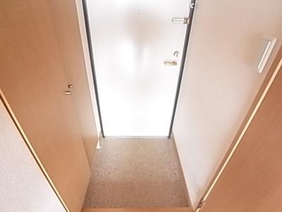 レジメント(1K) 玄関