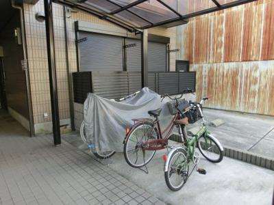 駐輪場(バイク駐車不可)
