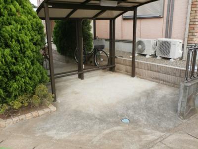 ルミネ花園の駐輪場