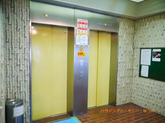 エレベーター2基で、忙しい時間帯も安心です