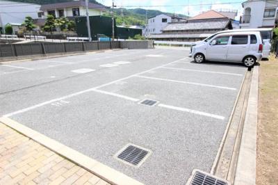 【駐車場】教興寺