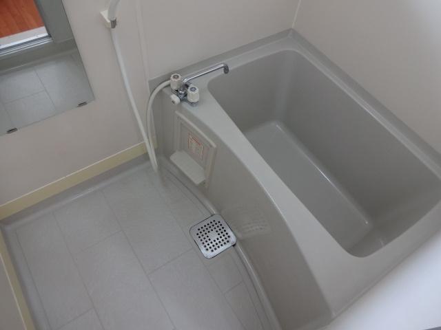 アムールアザブ 風呂