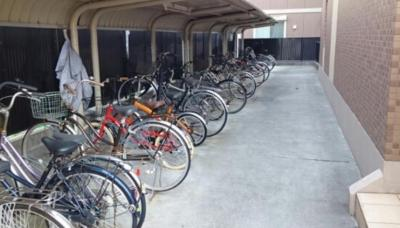 エスポワール南林間の駐輪場