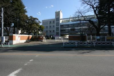 桜ヶ丘小学校 80m