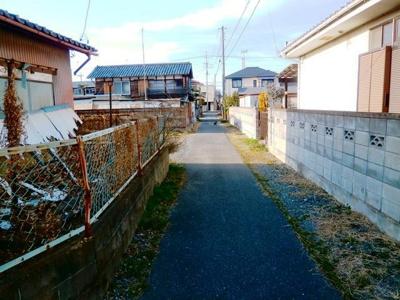 【前面道路含む現地写真】熊谷市石原 1100万 土地
