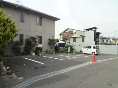 【外観】レスポワールH駐車場