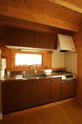 【キッチン】西竹之丸戸建スウェーデン式ログハウス