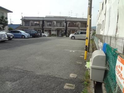 【外観】細井タバコ屋横駐車場