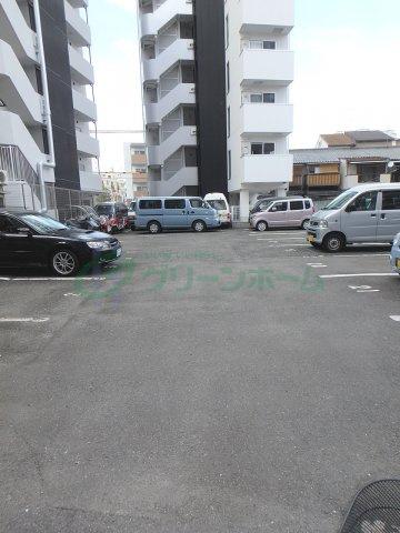 【駐車場】ロイヤル森ノ宮