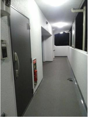 グリシーヌの廊下