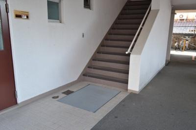 階段下共用部分