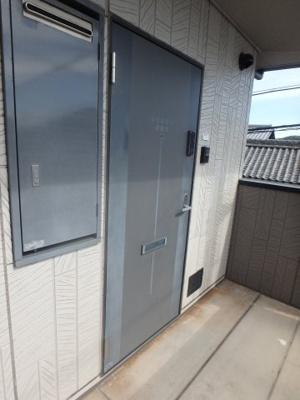 西中新田 えとあタウンA 1K 玄関