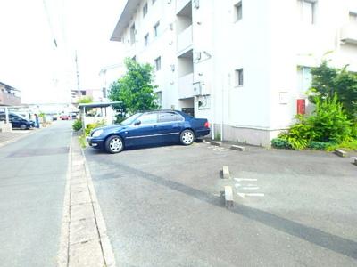 【駐車場】上島コーポ B