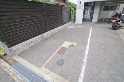 【駐車場】サンロイヤル柴原