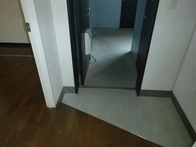 【玄関】ブルーエス