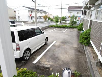 【駐車場】ヴィルヌーブⅢ