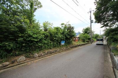 【前面道路含む現地写真】大津市南小松1594-62 土地