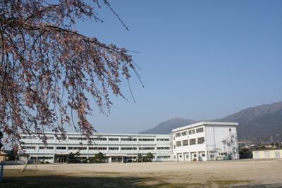 小松小学校 1700m
