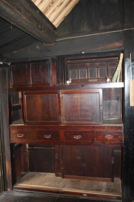 造り付けの棚も雰囲気が出ています