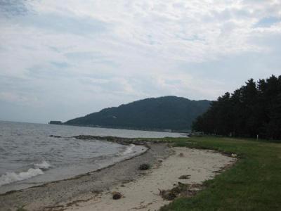 萩の浜水泳場まで約100m