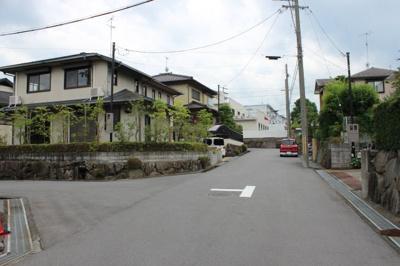 角地付近から北側前面道路