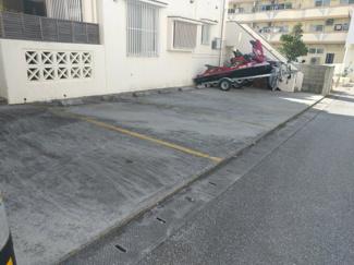 5台駐車可能なスペースが有ります!
