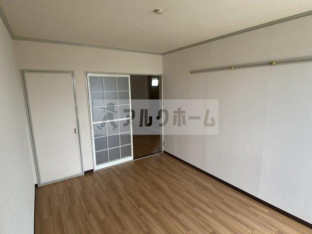 セジュール高井(柏原市安堂町) 洋室①