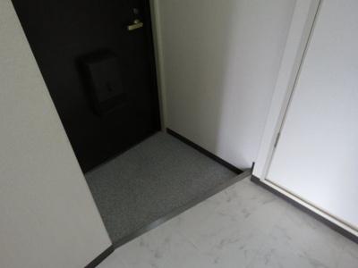 【玄関】グランディールイバラキ